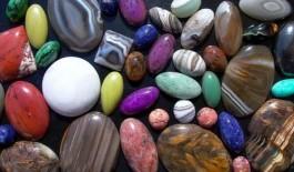 Оберегающие камни для знаков Зодиака