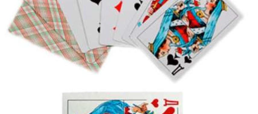 Гадание на игральных картах — способы и расклады