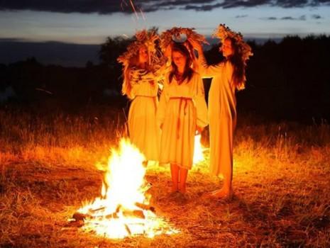 Очень сильные древние славянские заговоры и заклинания