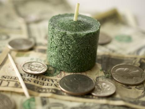 7 простых заклинаний на деньги в домашних условиях