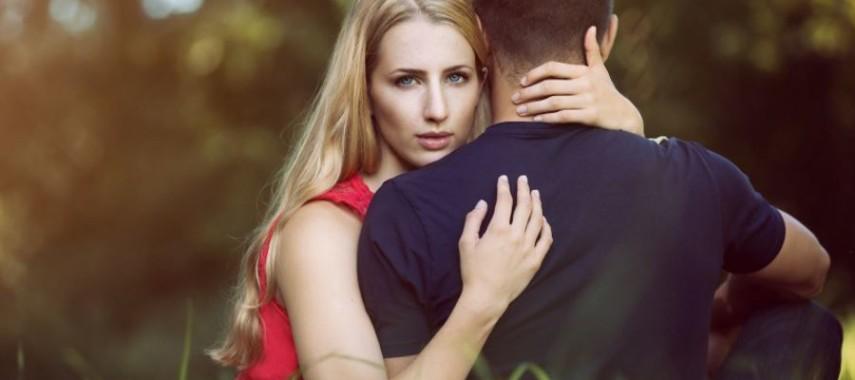 Как сделать приворот парня на его личную вещь