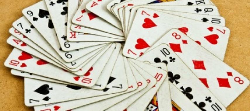 Гадания на картах на отношения с любимым человеком бесплатно гадания на игральные картах любит не любит
