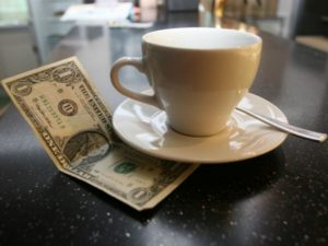 Заговор на чай для привлечения денег