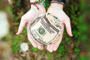 Как приворожить деньги - денежная магия