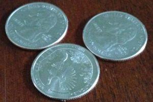 Приворот на три монетки