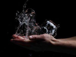 Приворот мужчины на воду