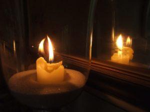 заговор на зеркало и свечу