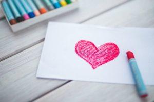 Обряд гадания - сердце на бумаге