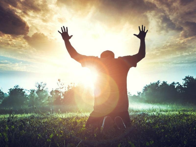 Самые сильные молитвы и заговоры на деньги