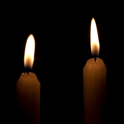 Обряд со свечами илавровым листом
