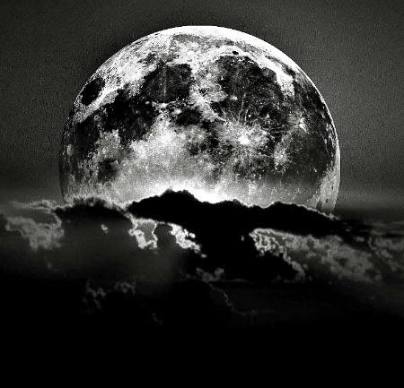 Приворот на фото на растущую луну