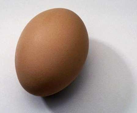Снятие порчи на смерть яйцом