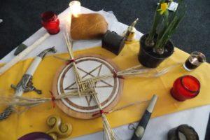 Алтарь на праздник Имболк