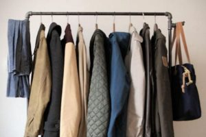 Особенности приворотов на одежду