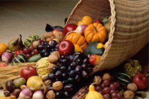 Праздничная еда и напитки на Лугнасад